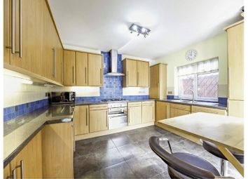 Thumbnail 3 bed detached bungalow to rent in Woodmere Avenue, Croydon