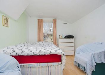 Thumbnail 4 bed flat to rent in Forest Gate, London