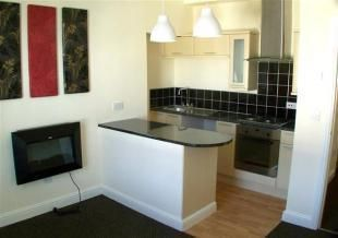 Thumbnail 1 bed flat to rent in Albemarle Crescent, Scarborough
