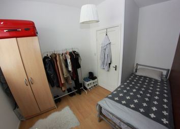 Thumbnail 4 bed shared accommodation to rent in Montpellier Place, London