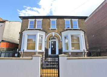 Thumbnail 3 bed flat to rent in Summerhill Road, London