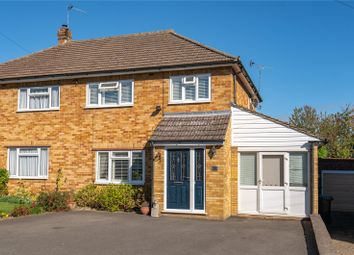 Pomeroy Close, Amersham, Buckinghamshire HP7. 3 bed semi-detached house