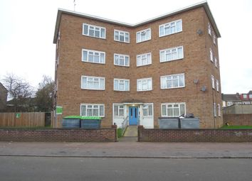 2 bed flat for sale in Bradfield Drive, Barking IG11