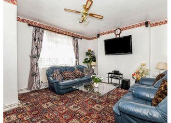 Queens Row, Elephant & Castle SE17. 4 bed flat