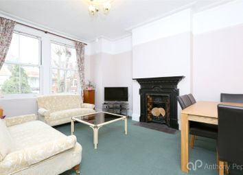 Thumbnail 3 bed flat to rent in Grovelands Road, Palmers Green, London