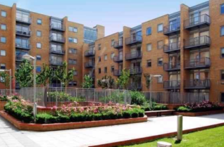 Thumbnail 1 bed flat for sale in Casillis Road, Canary Wharf