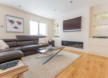 Thumbnail 3 bed flat for sale in Penthouse Apartment, Neptune Court, Brighton Marina Village