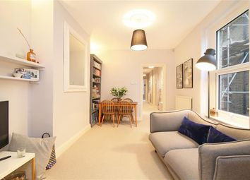 Vaughan Road, London SE5. 2 bed flat