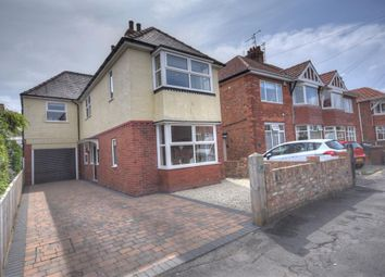 Thumbnail 4 bed detached house for sale in First Avenue, Bridlington