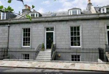 Thumbnail 7 bed terraced house to rent in Marine Terrace, Aberdeen