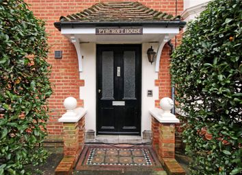 Thumbnail 1 bed flat for sale in Pyrcroft House, 39 Pyrcroft Lane, Weybridge, Surrey