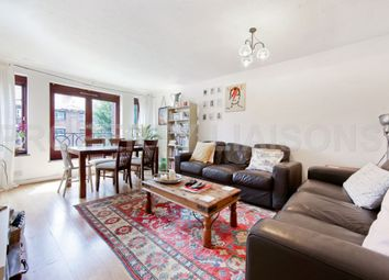 Thumbnail 3 bedroom flat for sale in Discovery Walk, Wapping