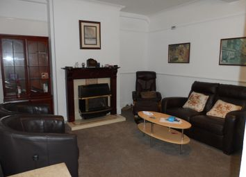 4 bed shared accommodation to rent in Alcuin Avenue, York YO10