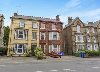 Thumbnail 2 bed flat to rent in Wellington Road, Bridlington