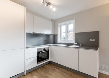 Thumbnail 1 bed flat to rent in 124, Cotton Avenue, London