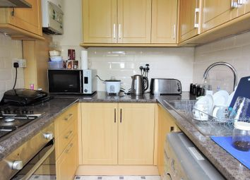 Thumbnail Flat to rent in Hilldrop Road, Tufnell Park