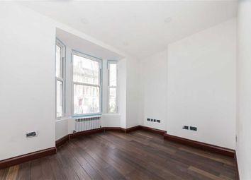 Thumbnail 2 bed flat for sale in Trafalgar Avenue, London