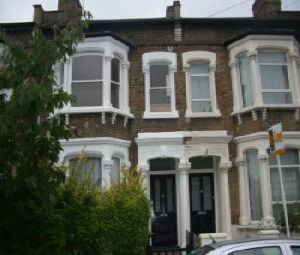 Thumbnail 1 bed duplex to rent in Keston Road, Peckham Rye, London