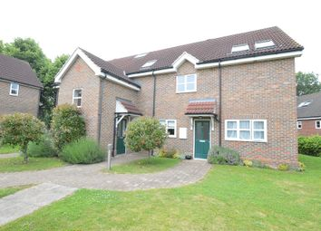 2 bed flat to rent in Shenley Lane, London Colney, St.Albans AL2