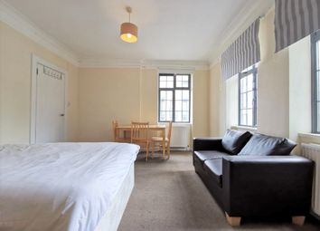 Room to rent in Grafton Place, London NW1