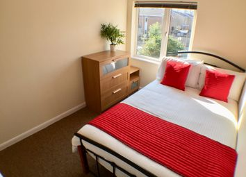 Thumbnail Room to rent in Hornet Close, Fareham