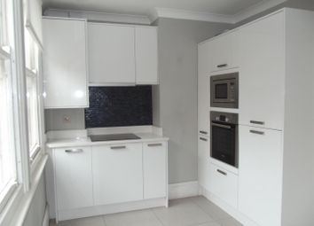 Thumbnail 1 bed flat to rent in Vallance Road, Hove