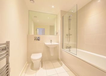 Thumbnail 2 bed flat to rent in Rosemont Road, London, Finchley Road
