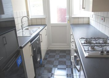 Thumbnail 2 bed flat to rent in Whytecliffe Road North, Purley, Surrey