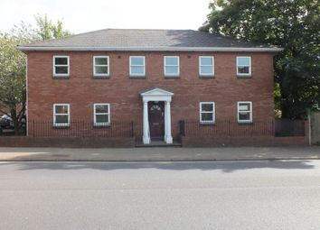 Thumbnail 1 bedroom flat to rent in West Side, Doggett Street, Leighton Buzzard