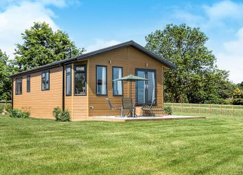 Thumbnail 2 bedroom mobile/park home for sale in Watermill Road, Newbourne, Woodbridge
