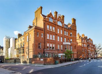 Thumbnail 3 bedroom flat for sale in Cadogan Gardens, Chelsea, London