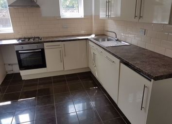 4 bed flat to rent in The Walk, Roath, Cardiff CF24