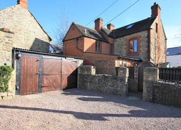 Thumbnail 2 bed cottage for sale in Lechlade Road, Highworth, Swindon