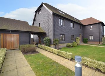 Thumbnail 2 bedroom flat to rent in Summer Close, Byfleet