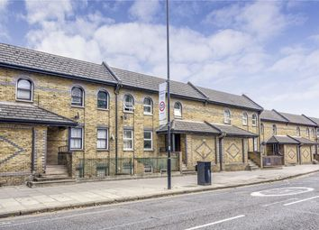 New North Road, London N1. 4 bed terraced house