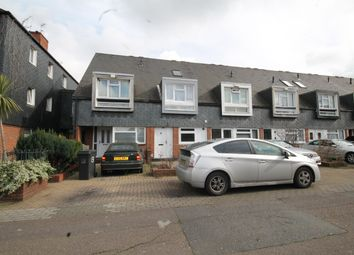 Thumbnail 4 bed property to rent in Ludwick Mews, London