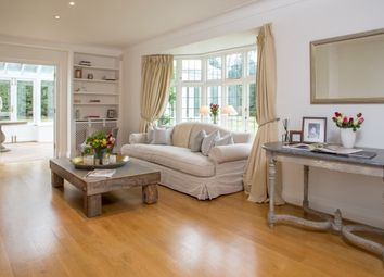 Thumbnail 4 bed property to rent in Roedean Crescent, Roehampton