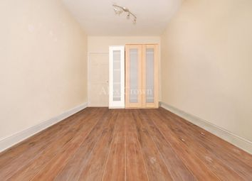 Thumbnail 2 bed flat to rent in Bromley High Street, London