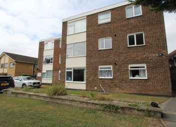 High Road, Benfleet SS7. 2 bed flat