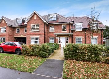 Thumbnail 1 bed flat to rent in Fernbank Road, Ascot