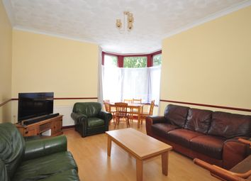 5 bed semi-detached house to rent in Connaught Road, Portsmouth PO2