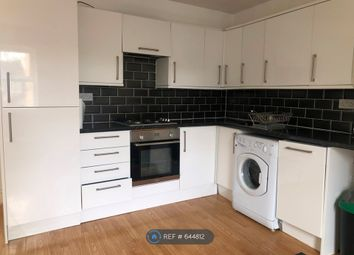 Thumbnail 2 bed flat to rent in Grove Crescent Road, London