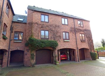3 bed detached house for sale in Monks Walk, Evesham, Worcestershire WR11