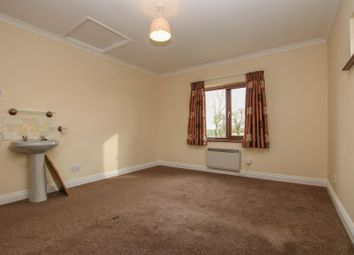 Thumbnail 2 bedroom detached bungalow to rent in Cublington Road, Wing, Leighton Buzzard
