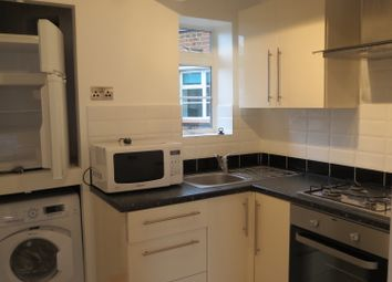 Thumbnail 2 bed flat to rent in Greatorex Street, Aldgate East/Whitechapel