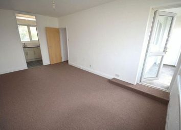 Thumbnail 3 bed flat to rent in Tiller House, Hoxton