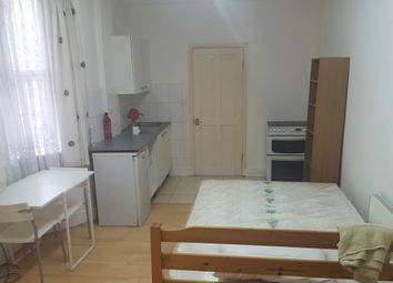 Thumbnail 1 bed flat to rent in Trehurst Street, Hometon / Hackney
