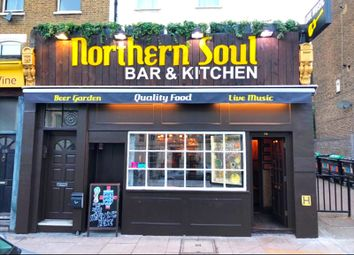 Thumbnail Pub/bar to let in Junction Road, Archway, London