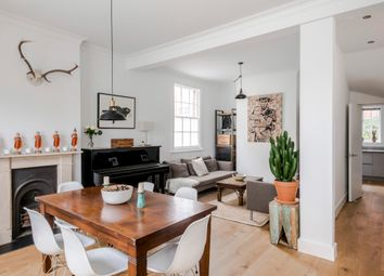 Thumbnail Serviced town_house to rent in Buttesland Street, London