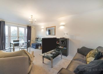 Thumbnail 2 bedroom flat for sale in Amwell Street, London